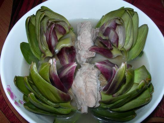 Chế biến món ăn từ hoa atiso