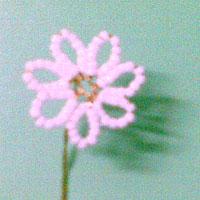 Kết hoa cúc salem từ hạt cườm