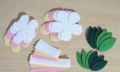 Làm hoa đào bằng vải