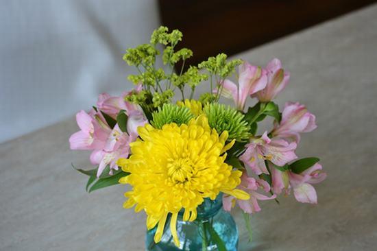 Giữ hoa cúc tươi lâu trong ngày tết