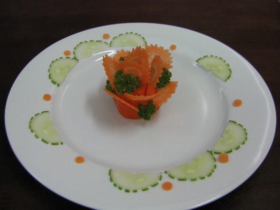 Tỉa hoa và cách trang trí món ăn