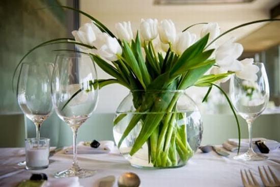 Đồng xu giúp hoa tươi lâu do giảm thối rữa của cuống hoa