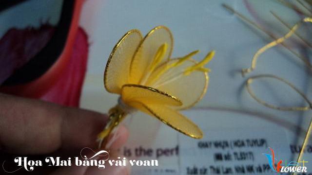 Làm hoa mai bằng vải voan - bước 6