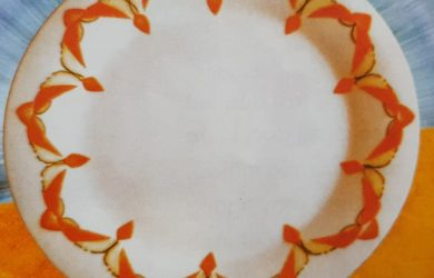Trang trí đĩa hình cánh én