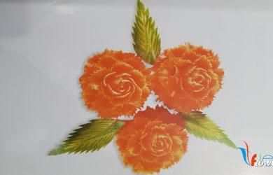 Tỉa hoa cẩm chướng từ cà rốt